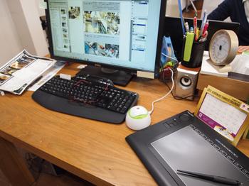 カワシマの机.JPG