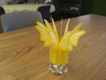 蝶の加湿器02.JPG